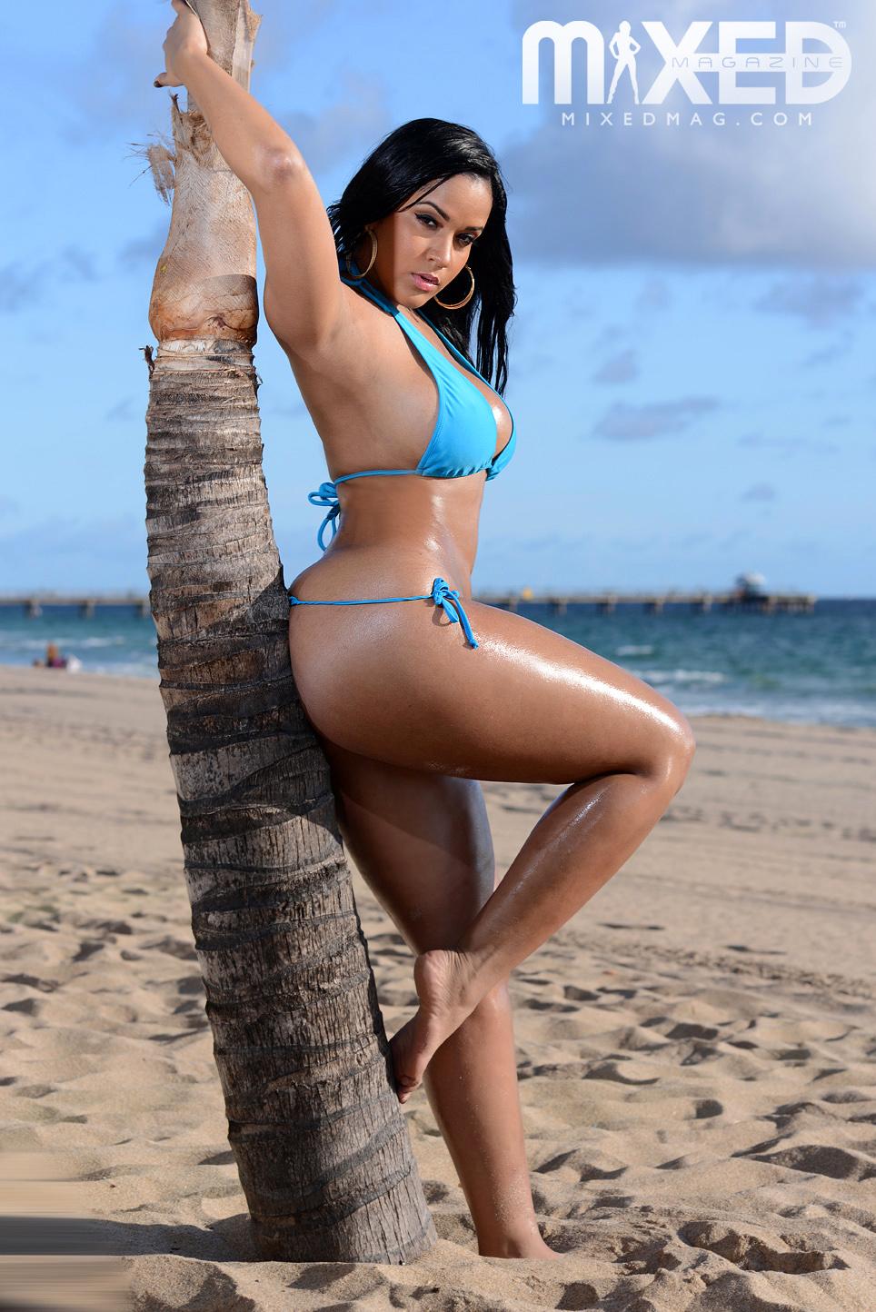 Amanda carrier nude